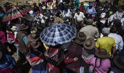 Peru,  Huancasancos. Vigil and burial ceremonies for the victims of the conflict whose remains were finally restituted to their families after 30 years of disappearance.